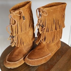 Minnetonka double fringe moccasin boot